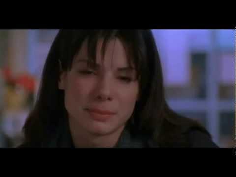 """""""Mientras dormías"""" mejor escena romántica"""