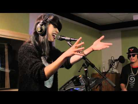 Kimbra - 'Miracle' live at Radio New Zealand