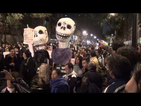 Manifestación por Ayotzinapa y Renuncia de Enrique Peña Nieto, Zócalo de la Ciudad de México.