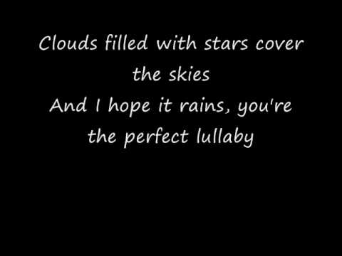 Sweet Dreams Acoustic Version  by Beyonce'(with lyrics)