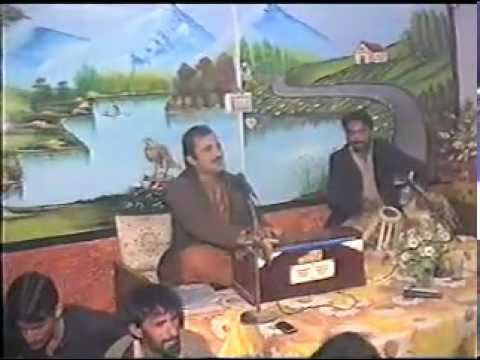 Dillewali Mianwali Imran Niazi Paikhelvi Har Shaam Taday Naam De Live Singing video