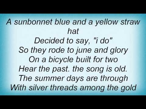 Billie Holiday - A Sunsetbonnet Blue (And A Yellow Straw Hat)