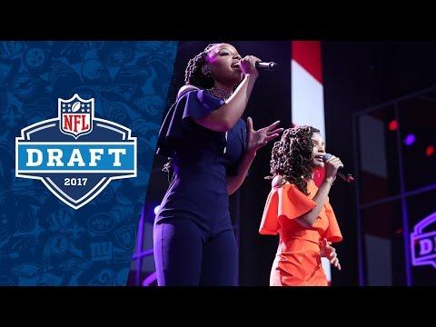 Chloe x Halle Sing National Anthem to Kick off 2017 NFL Draft