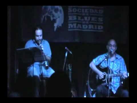 Josué 'Ciclón' García y Miguel Angel Cortés - V Ciclo Blues Acústico org. Eugenio Moirón