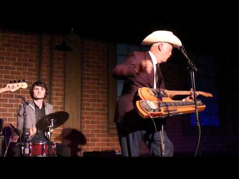 Junior Brown, Surf Medley, 040911.MP4