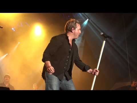 Johnny Reid - To The End Of The Road