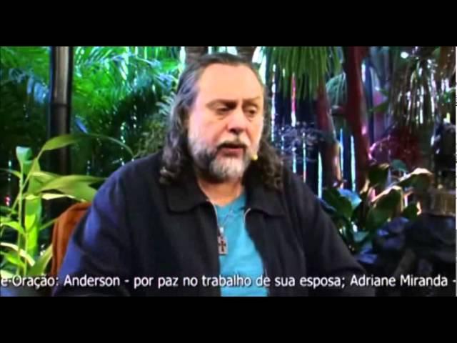 Caio, minha professora disse que mesmo que o Padre Marcelo Rossi ame Jesus, vai perder a salvação.