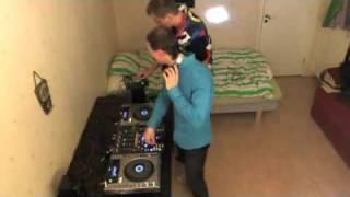 DJ Rawma & DJ Tech Fabio - Having Fun in The Bedroom :)