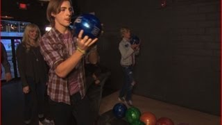 R5 Experience - PART ONE - Bowling in Toronto!