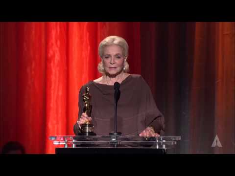 Lauren Bacall's Honorary Oscar: 2009 Governors Awards