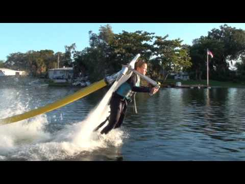 Thumb JetLev: Un jetpack que funciona con agua