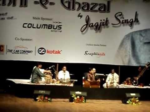 kiska chehra live by jagjit singh