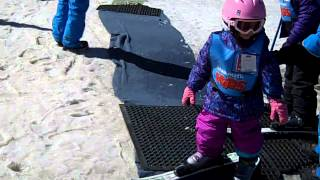 Learning to Ski for the First Time | Kids Ski Lessons at Mammoth Mountain, California : 5-7 Year Old