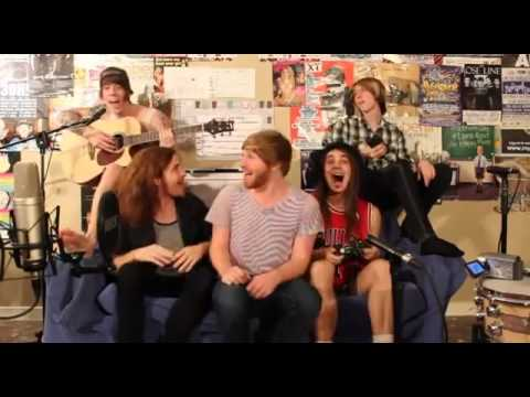 One Direction & Justin Bieber LOL-Cover - Masketta Fall (Official video)