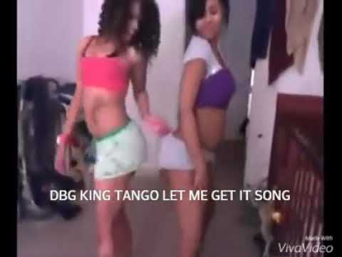 Big booty red bone twerking with her sister to King tango 🤤🤤