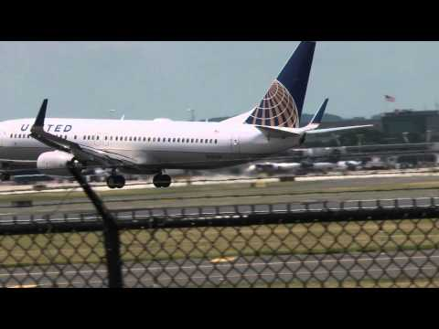 [HD] United Airlines Boeing 737-824 Philadelphia Intl Airport