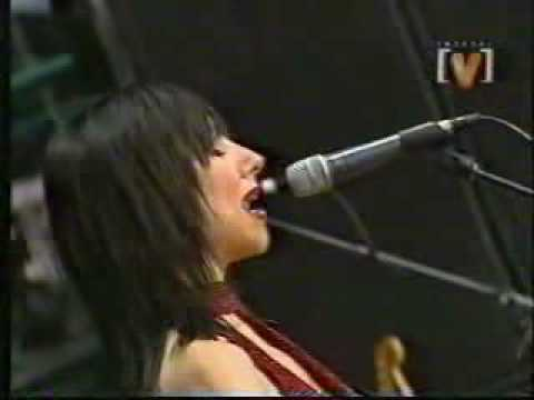 PJ Harvey - Rid of me - Lyrics - Hot & Live!  2001