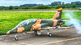 BAE HAWK GIANT RC SCALE 1:3,5 MODEL TURBINE JET DEMONSTRATION FLIGHT   JET FLUGTAGE 2018