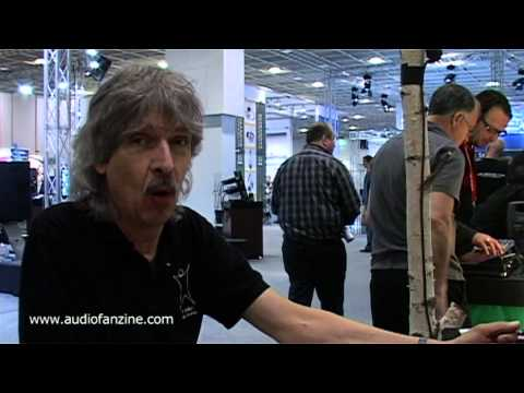 MANIKIN ELECTRONIC MEMOTRON video demo [Musikmesse 2011]