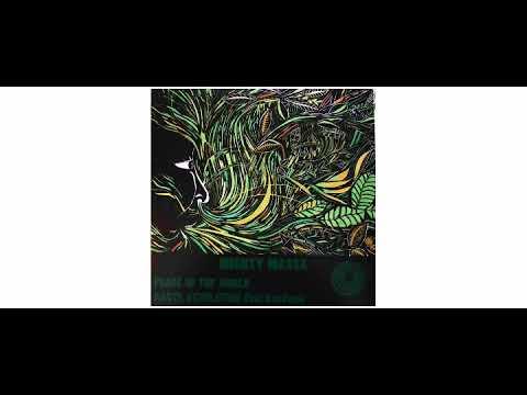 Mighty Massa / Ras Kanto - Peace In The World/Rasta Revolution - 12