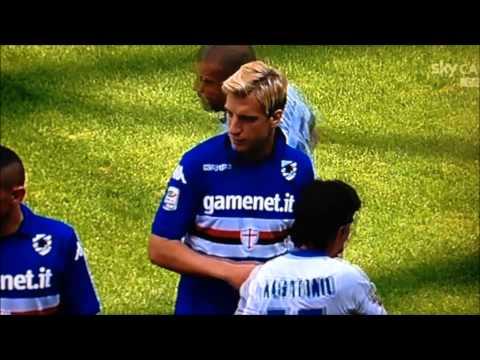 Sampdoria-Inter, Maxi Lopez si rifiuta di stringere la mano a Icardi
