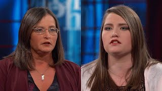 20-Year-Old Claims Mom Stole Her Identity And Opened At Least 10 Credit Cards In Her Name, Which …
