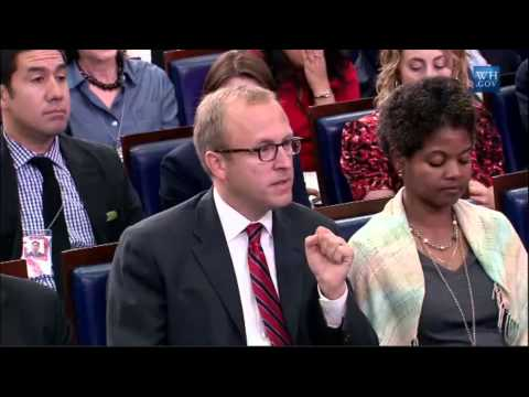 Jon Karl Grills Josh Earnest On Immigration Influx