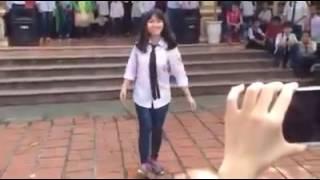 học sinh nhảy au cực chất