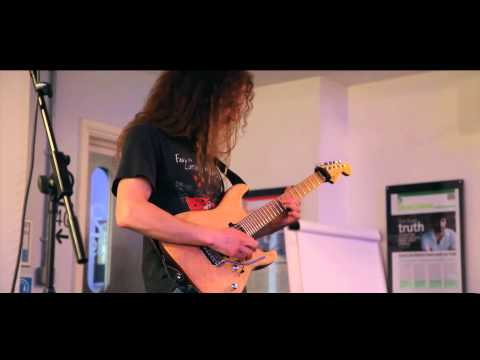 Guthrie Govan - Acm Masterclass 2013 video