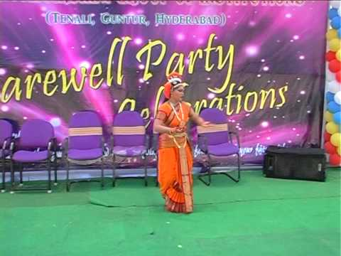 excellant classical dance performance by YAMINI RAMA on farewell day celebrations Photo Image Pic