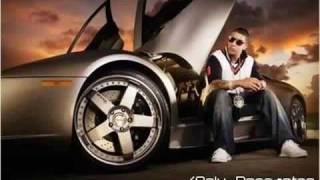Watch Daddy Yankee Ven Damelo video