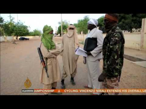 Twin suicide bombings hit Niger
