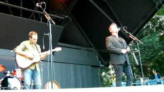 Watch Great Big Sea Follow Me Back video