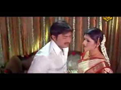 Suhagraat Hot Scene From A B Grade Movie   Kutty Radhika First Night Hot video