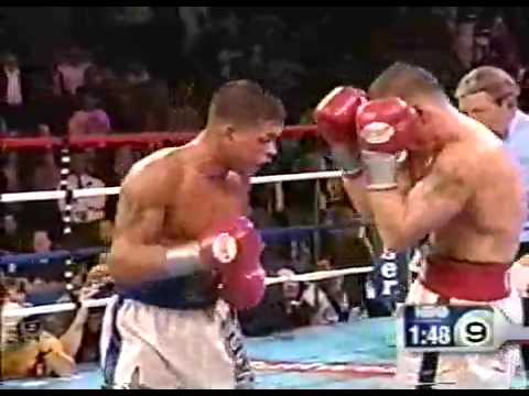 Arturo Gatti vs Mickey Ward Round 9 (remastered)