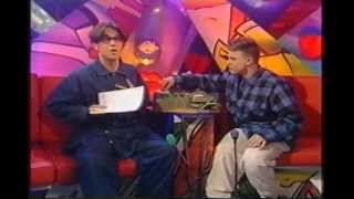 Gary Barlow & Robbie Williams on Going Live - 1993
