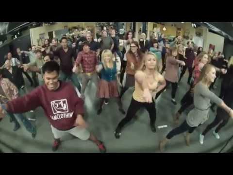 The Big Bang Theory Flash mob - Call Me Maybe