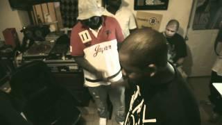 Watch Freddie Gibbs Keep It Warm For Ya video