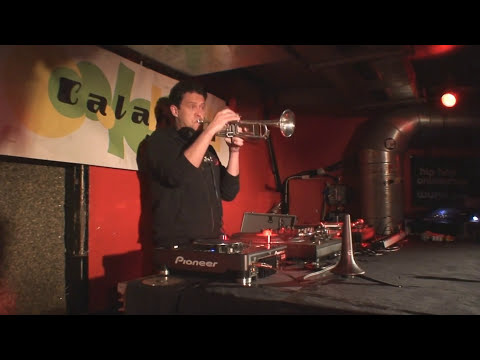 Ferry Grott DJ&Trumpet live im calabash (Berlin) in HD