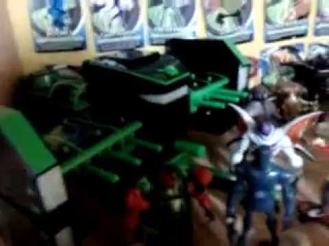 Mi Colección de Ben 10 Suprema / My Ultimate Ben 10 Collection