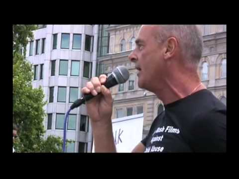 Bill Maloney Commits Treason UK Child Abuse Rally 2010