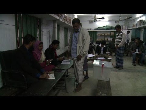 Polls open in violence-plagued Bangladesh election