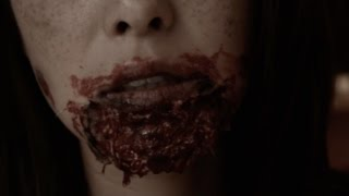 How To; Bloody Zombie Makeup Tutorial (Easy)