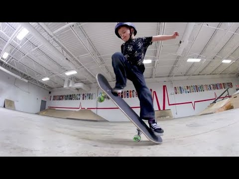 5 Year Old Skater Lands His First Ollie Ever!