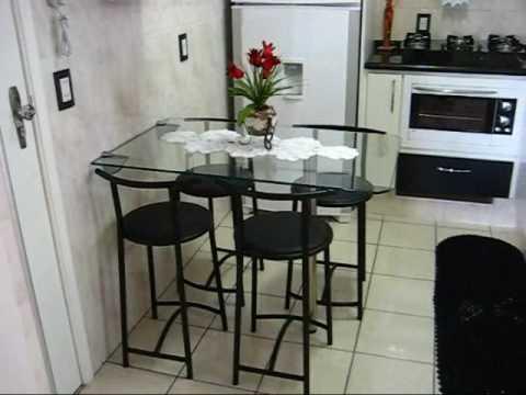 Cozinha branca e preta
