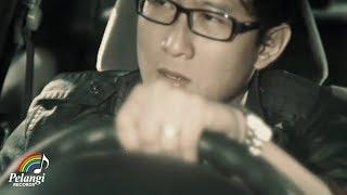 Download Lagu Pop - DYGTA - Cinta Sudah Terlambat (Official Music Video) Gratis STAFABAND