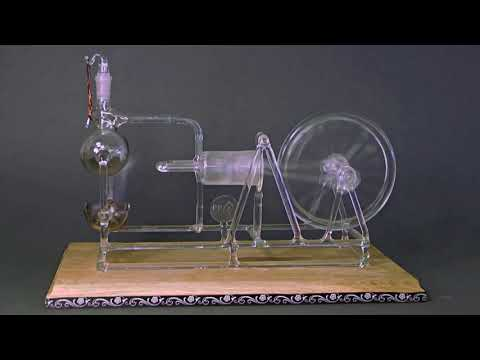 Working Model of Stephenson's STEAM ENGINE made of GLASS ! Rare!