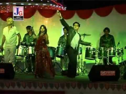 Jogani Maa Na Sathvare - Part 2 ( Non Stop Live Gujarati Raas Garba Song ) video