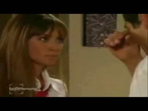 Rebelde 1ª Temporada - O Primeiro Beijo De Mia e Miguel - (HD)