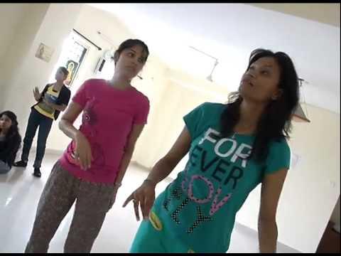 Nisha Kothari Hot Songs Dance Practice For Santosham Awards | New Telugu Movies News 2014 video